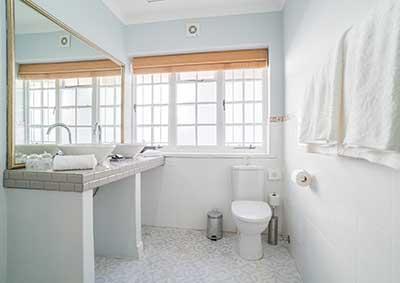 Garden Suite Bathroom in Stellenbosch Guest House